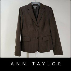 Ann Taylor Woman With Line Blazer Suit Blazer 10